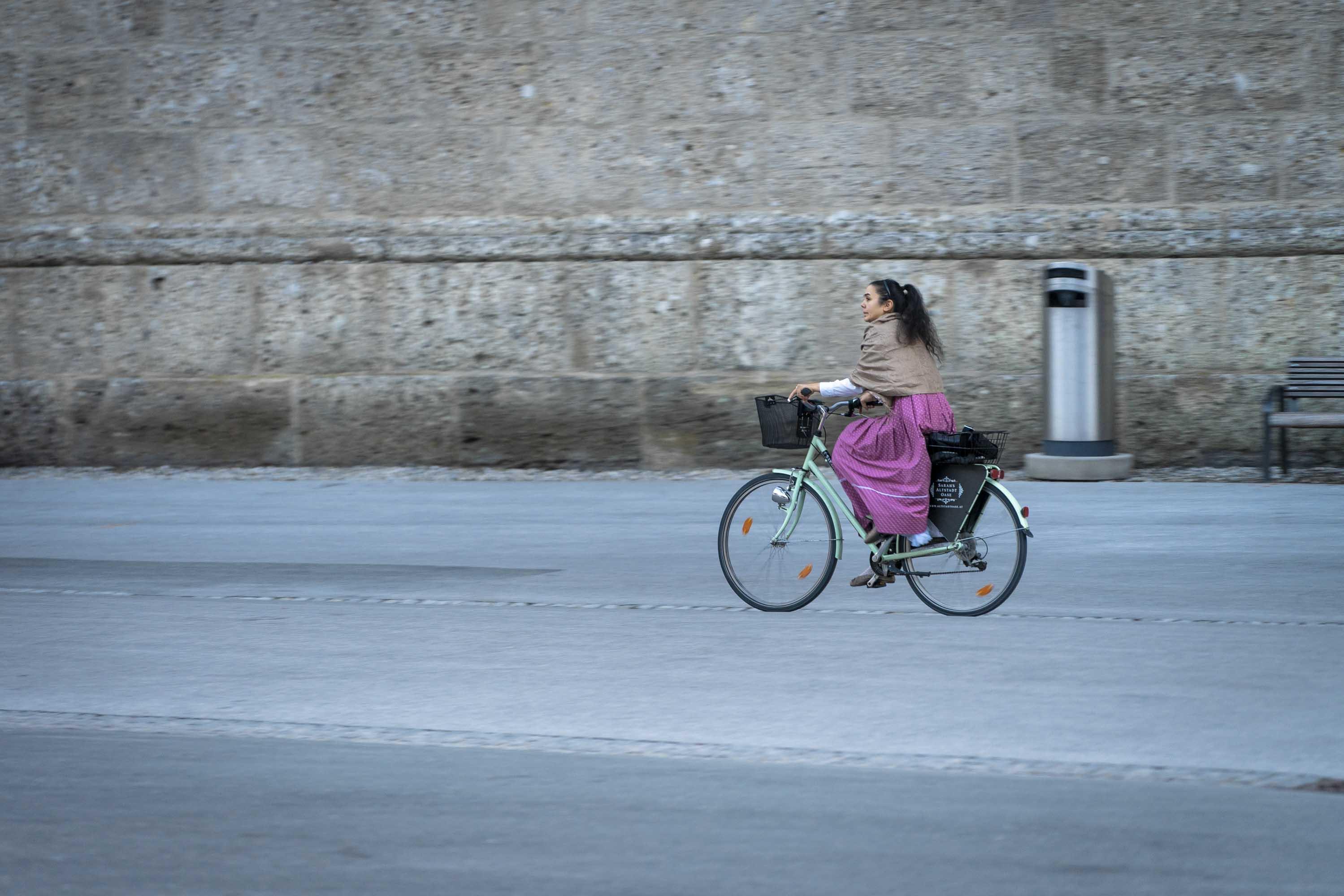 Fahrradlenkerin